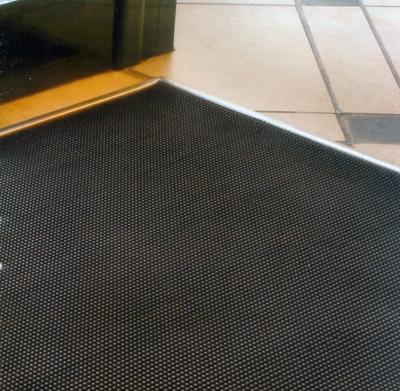 Pavimento alfombra pincho alto ancho 1 metro tienda eguia for Alfombra por metro